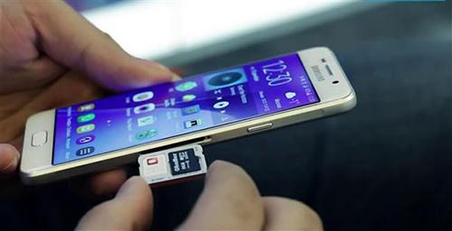 iPhone也要双卡双待?两项专利已提交审核2