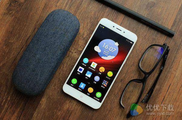 360手机N4A是金属外壳吗