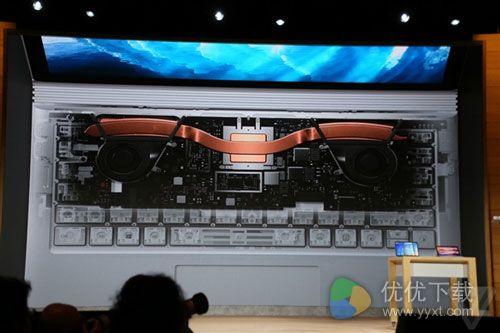 微软Surface Book全新发布!电池续航达到16小时2
