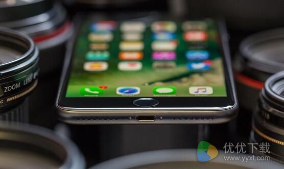 iPhone8无线充电怎么用