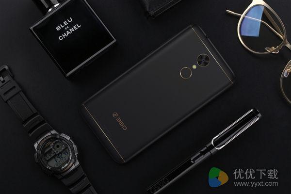 360手机N5发布 6G内存卖1399元