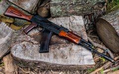 AK47自动步枪高清壁纸