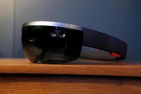 微软将以独有方式推出现实增强设备HoloLens
